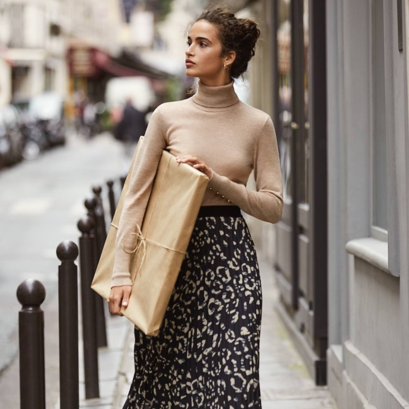 H&M Turtleneck and Pleated Skirt