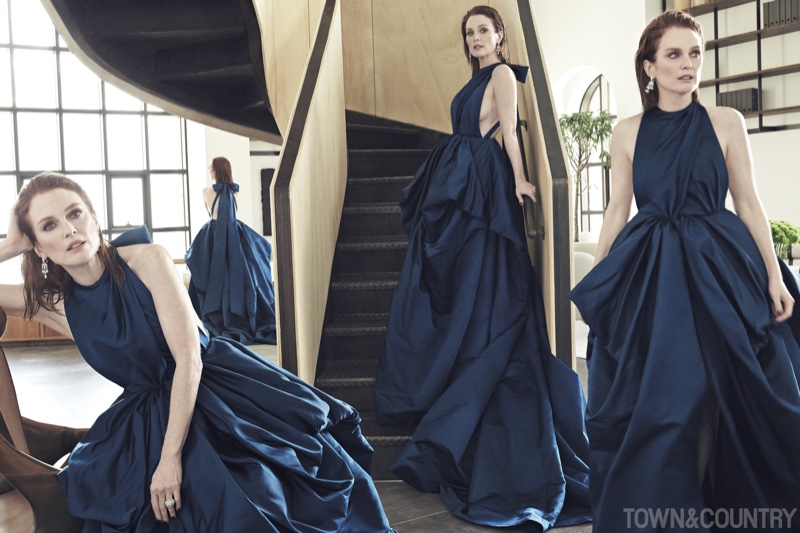 Julianne Moore wears Valentino Haute Couture and Cartier High Jewelry earrings and rings
