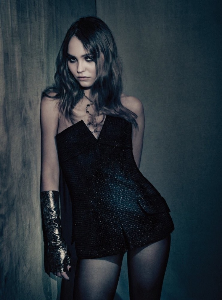 Striking a pose, Lily-Rose Depp wears Chanel look