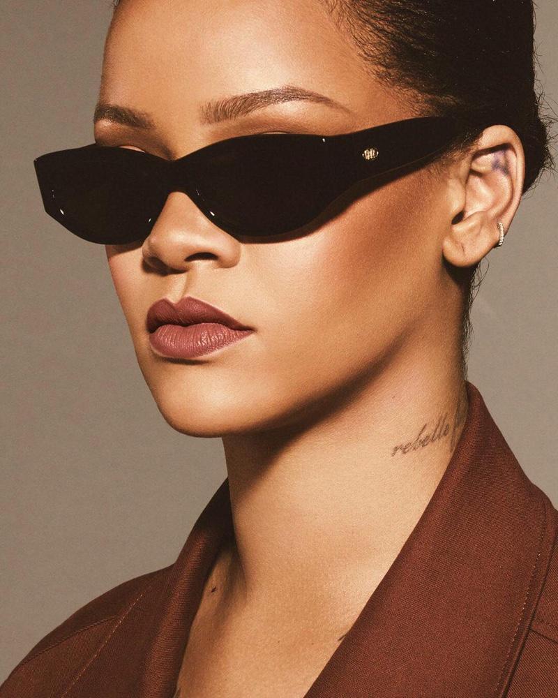 Fenty Beauty Stunna Lip Paint in Uncuffed worn by Rihanna