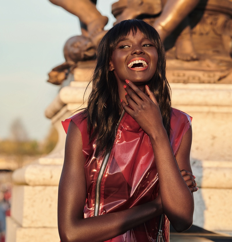 Duckie Thot poses for L'Oreal Paris announcement