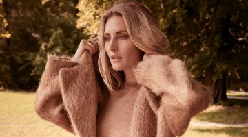 Ingrid Parewijck Embraces Autumn Layers for Donna Magazine