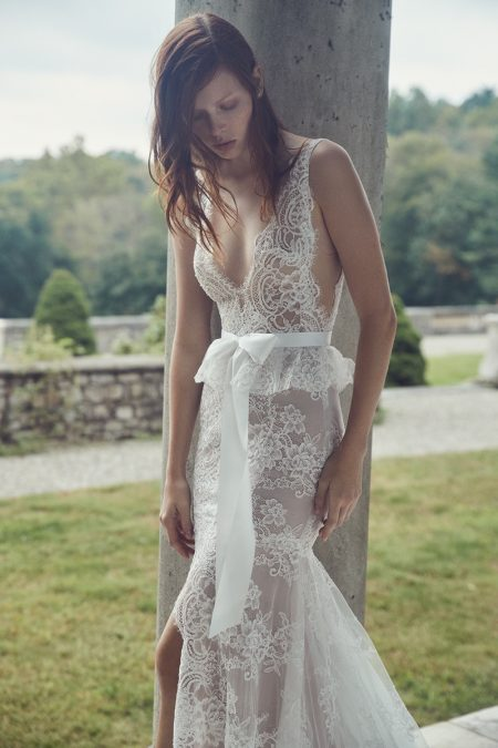 Monique Lhuillier Bridal Unveils Dreamy Fall 2019 Dresses