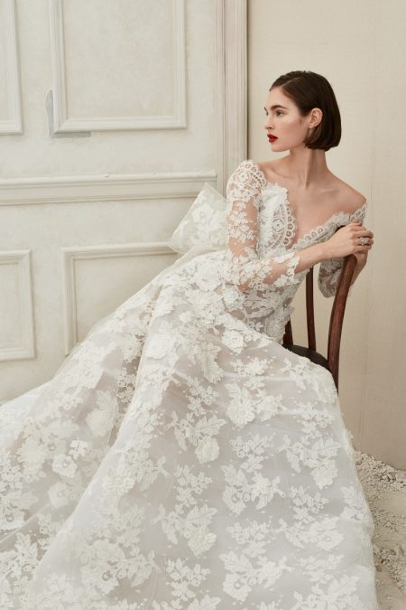 Oscar de la Renta Bridal's Fall 2019 Collection is Dipped in Ivory