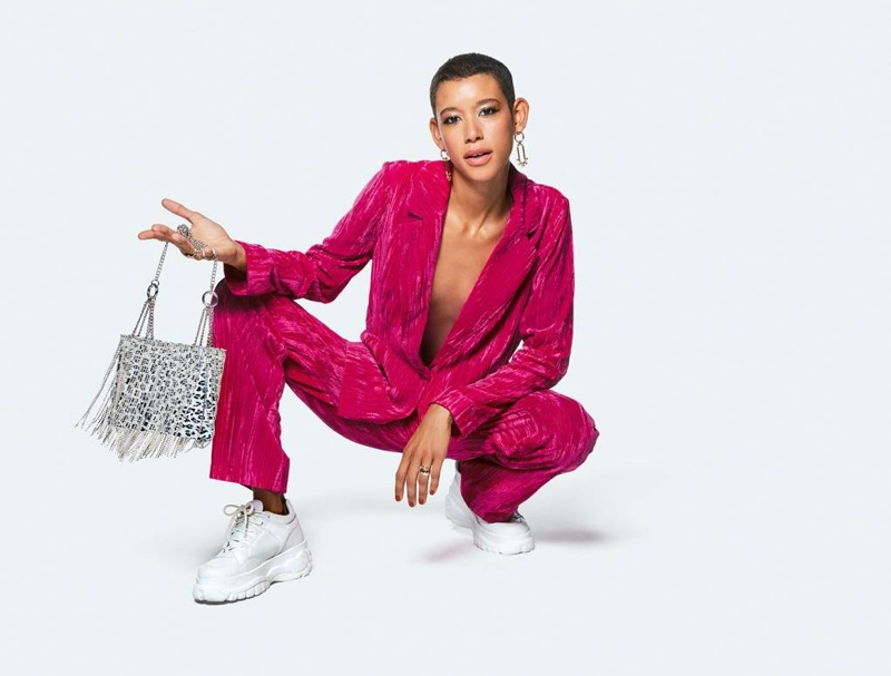 Suiting separates take the focus in Topshop fall-winter 2018 campaign