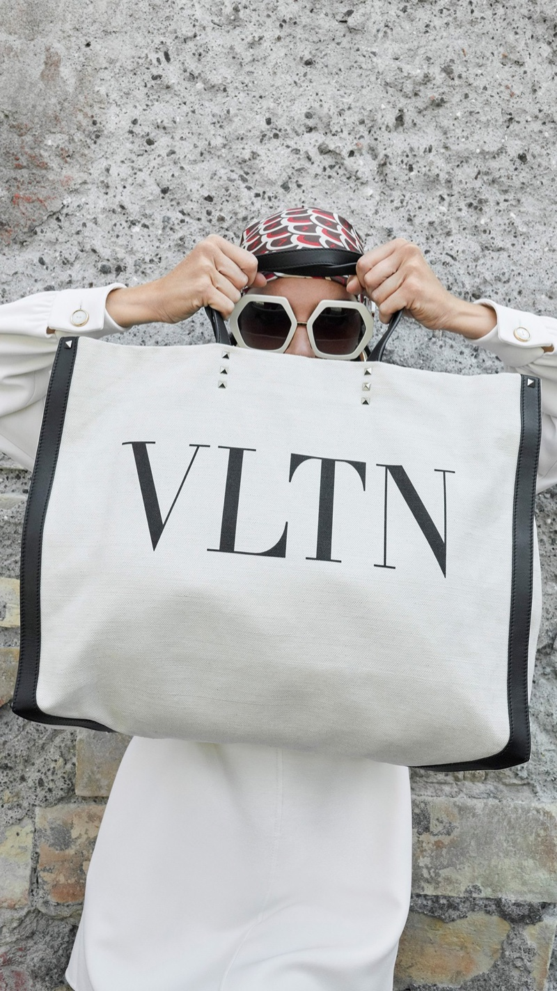 Valentino focuses on accessories for its resort 2019 campaign