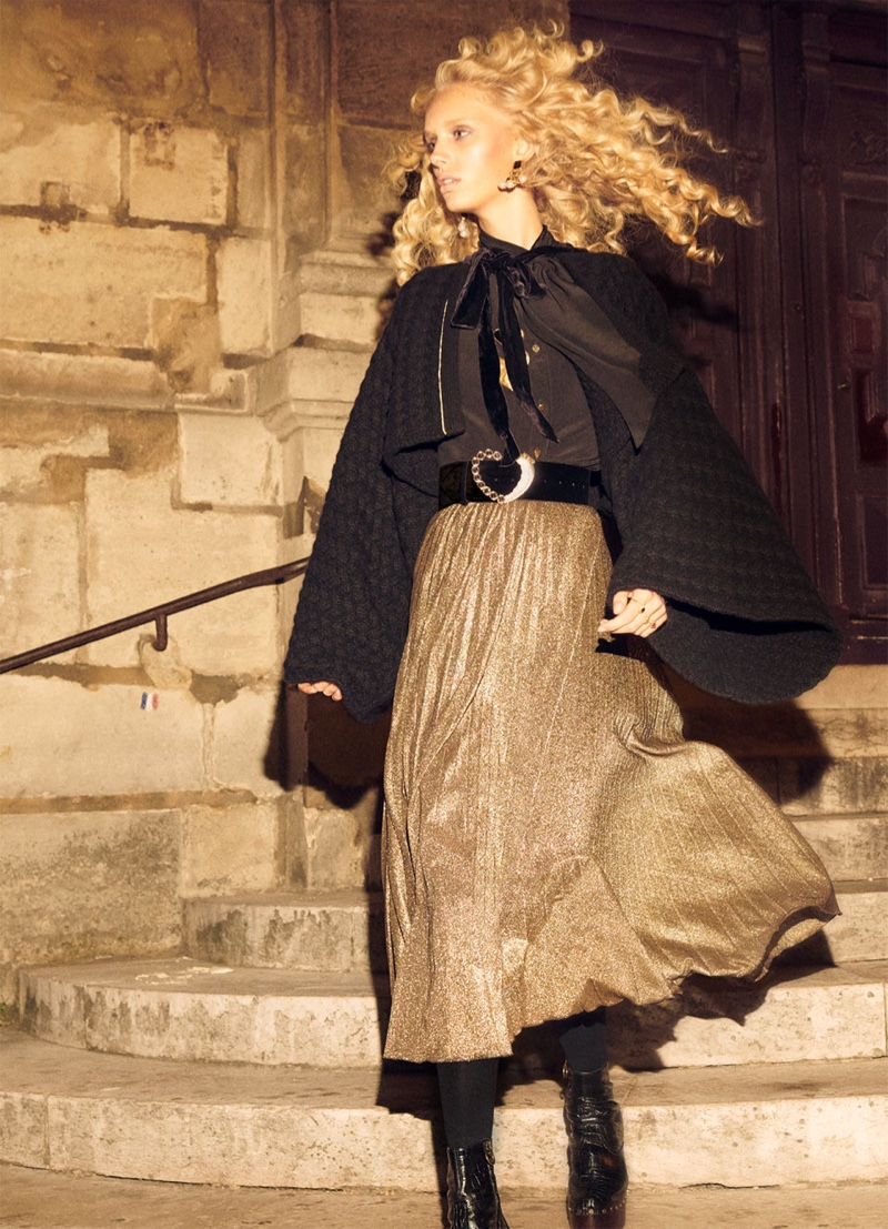 Jessie Bloemendaal poses in Zara Collection fall-winter 2018 campaign
