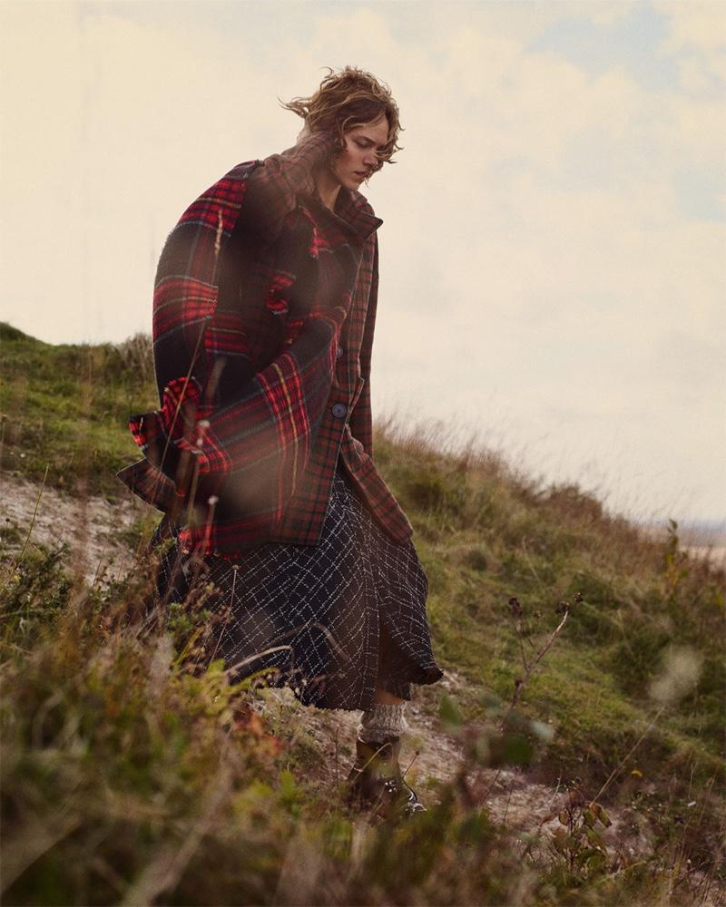 An image from Zara's Cozy Feeling fall-winter 2018 lookbook