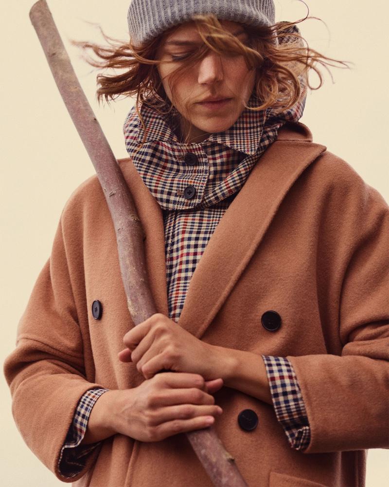 Freja Beha Erichsen fronts Zara Cozy Feeling fall-winter 2018 lookbook