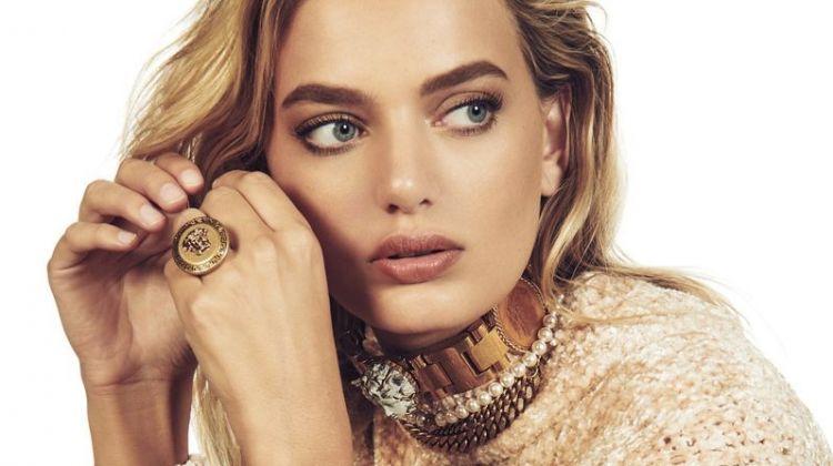 Bregje Heinen Wears Shimmering Gems for Mujer Hoy