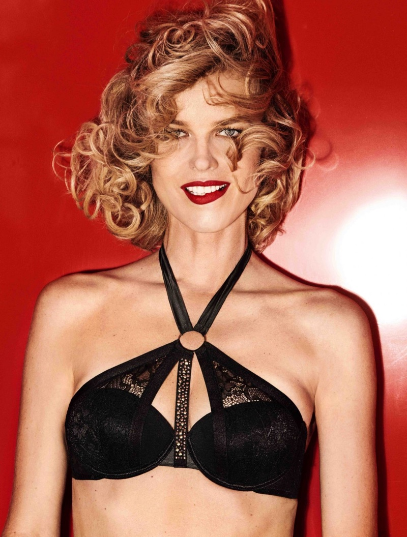Dressed in a black bra, Eva Herzigova poses for Yamamay Christmas 2018 campaign