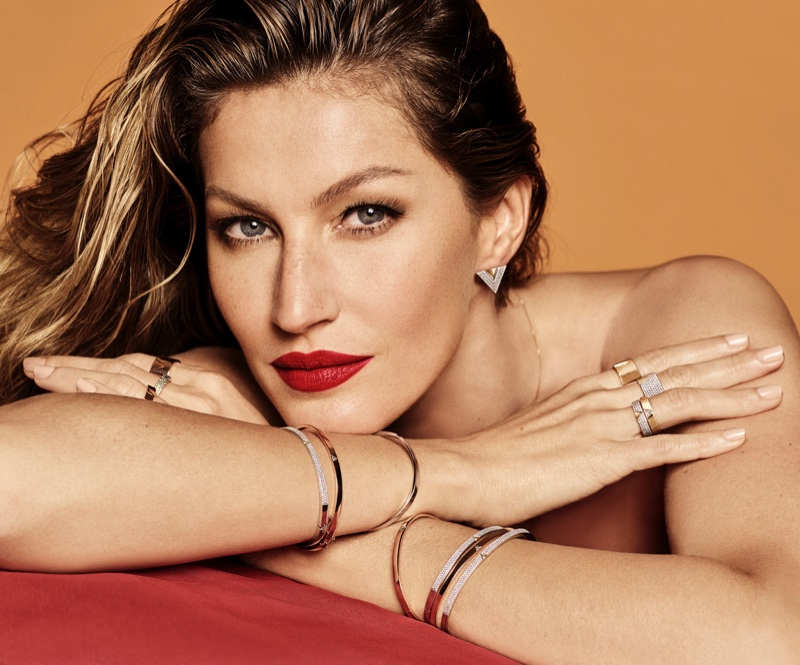 Supermodel Gisele Bundchen wears a red lipstick shade for the latest Vivara jewelry campaign