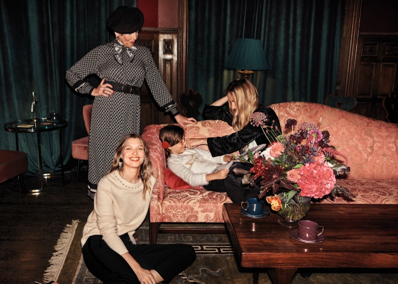 An image from the H&M Holiday 2018 campaign