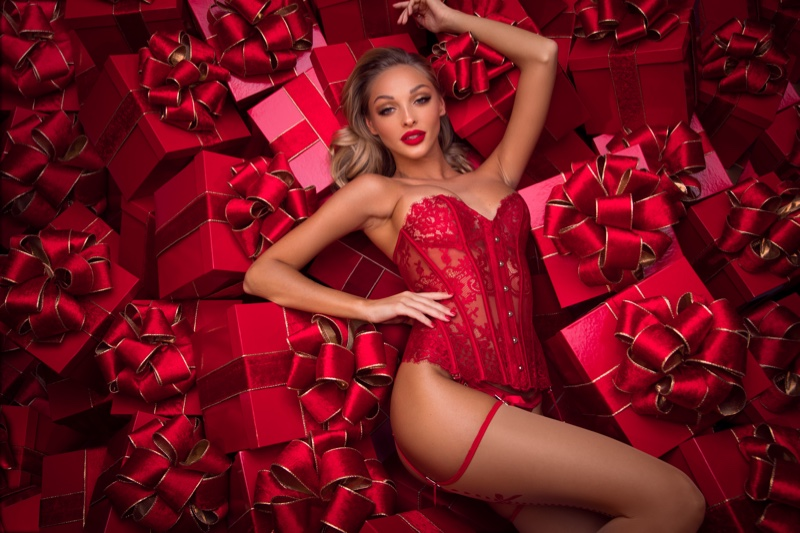 Australian lingerie brand Honey Birdette launches Holiday 2018 campaign - Honey B's Guide to Christmas