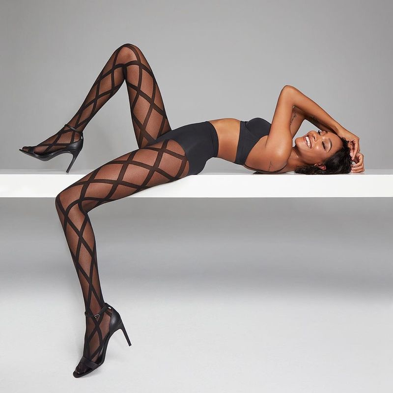 British model Jourdan Dunn fronts Calzedonia fall-winter 2018 campaign