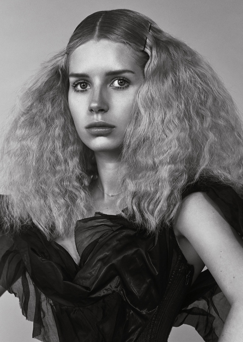 Lottie Moss Charms in Black & White for L'Officiel Netherlands