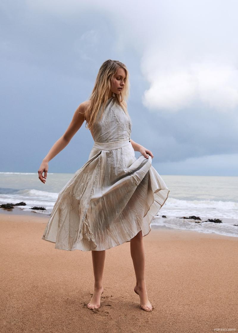 Renli Su Dress. Photo: Daniel Graham Hack