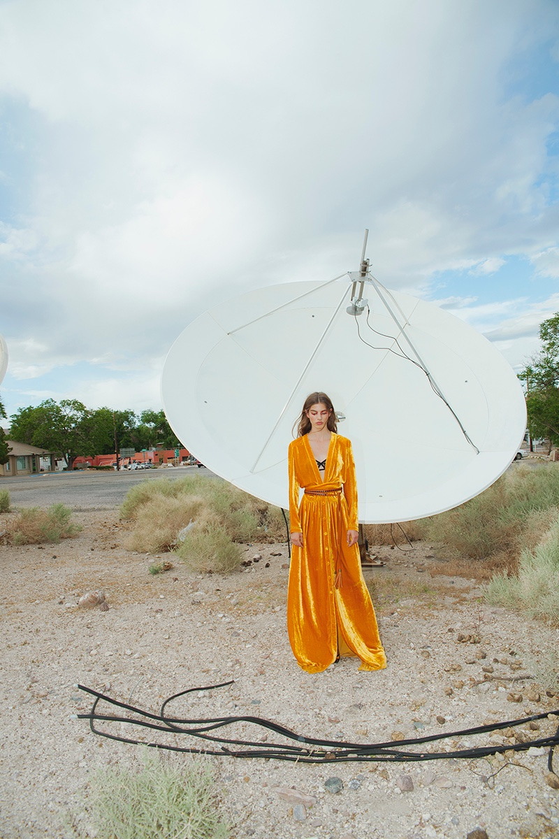 Marta Aguilar Models Bottega Veneta Looks for ELLE Mexico