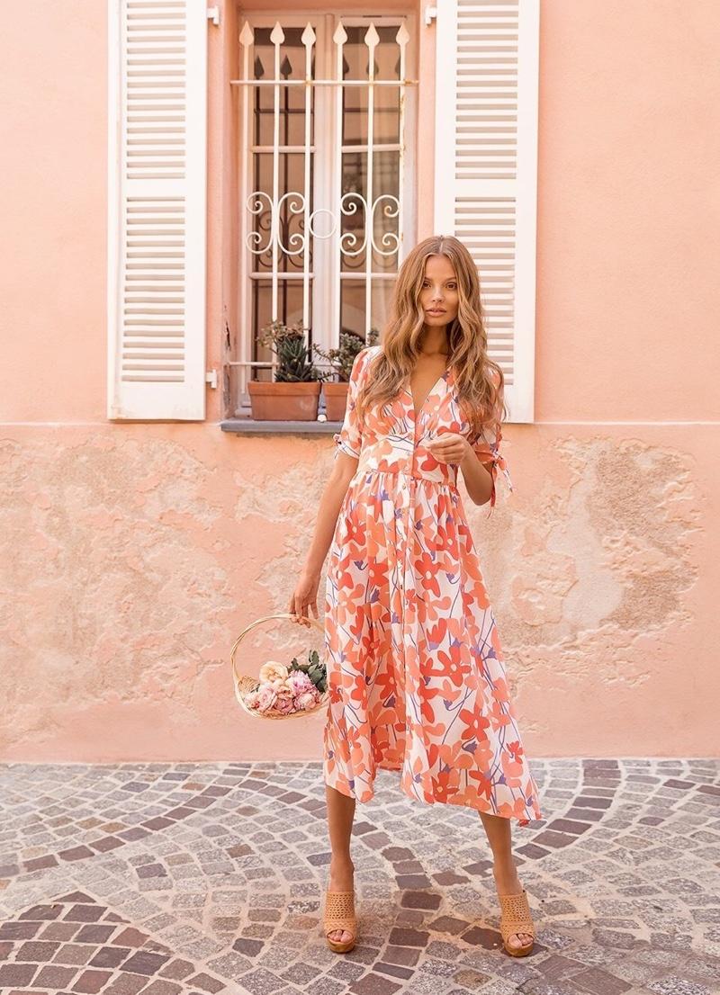 Magdalena Frackowiak stars in Mister Zimi spring-summer 2019 campaign