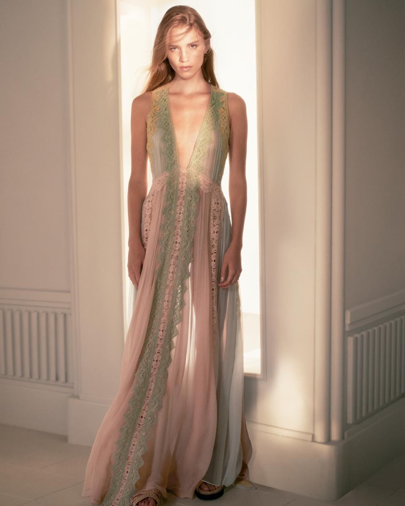 An image from the Alberta Ferretti spring 2019 advertising campaign