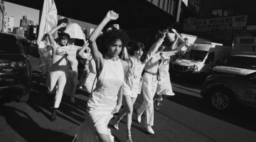Arale Reartes Captures Women's Protest for Schon Magazine