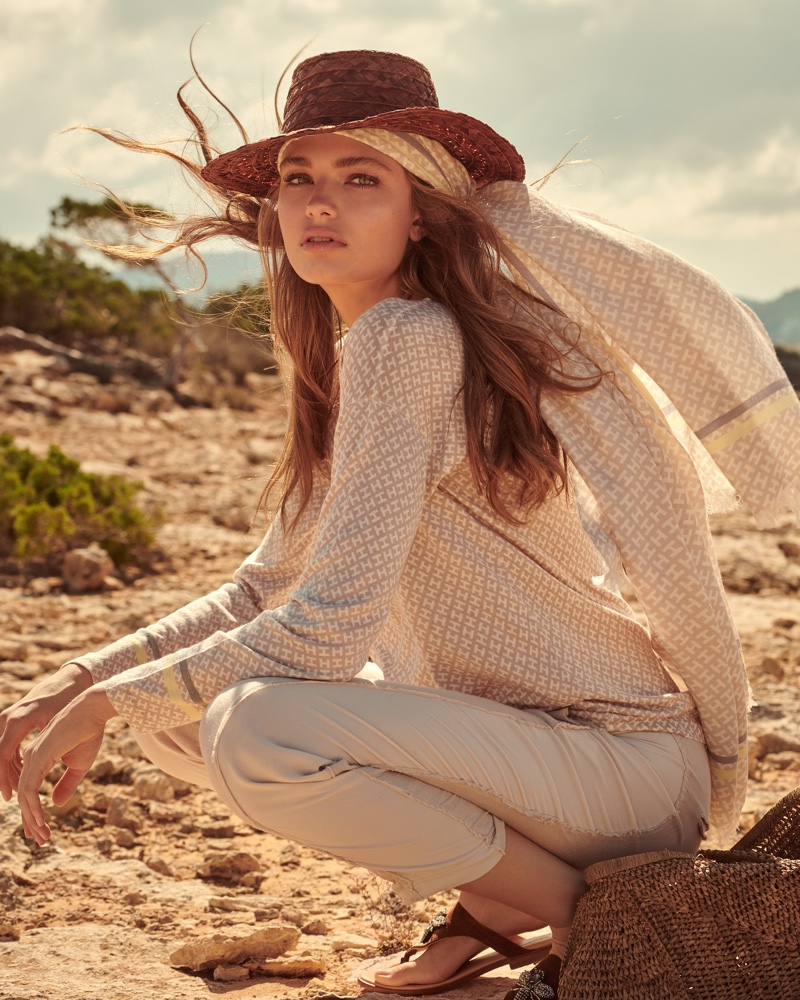 An image from the Hemisphere Cashmere spring-summer 2019 campaign