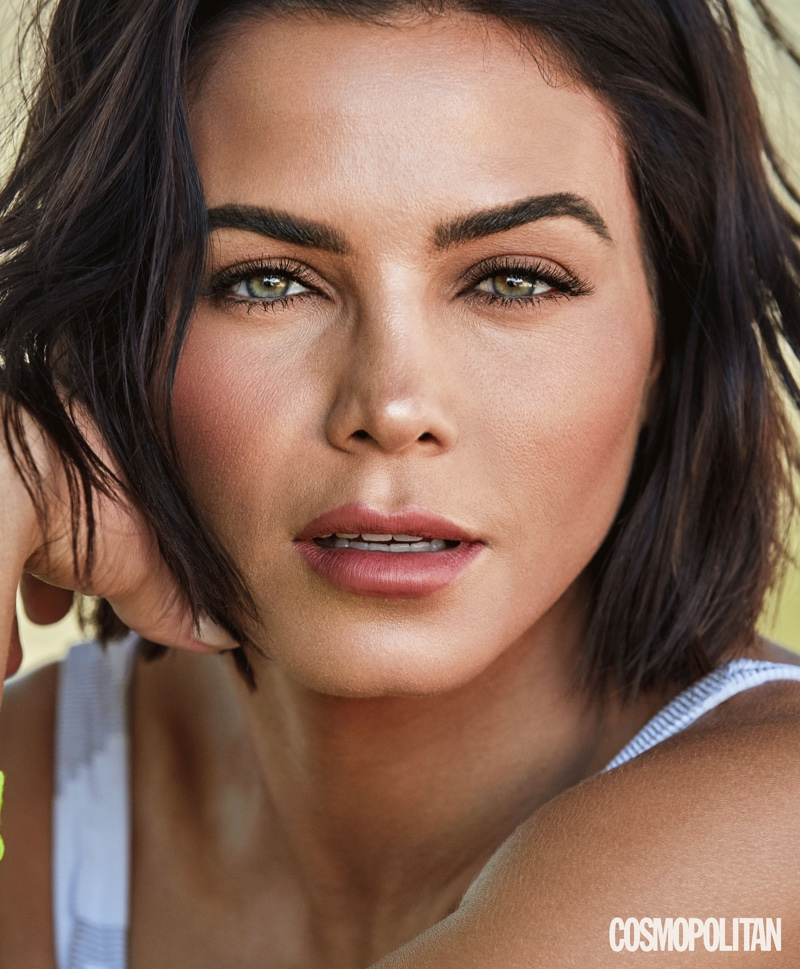Ready for her closeup, Jenna Dewan wears a short bob hairstyle