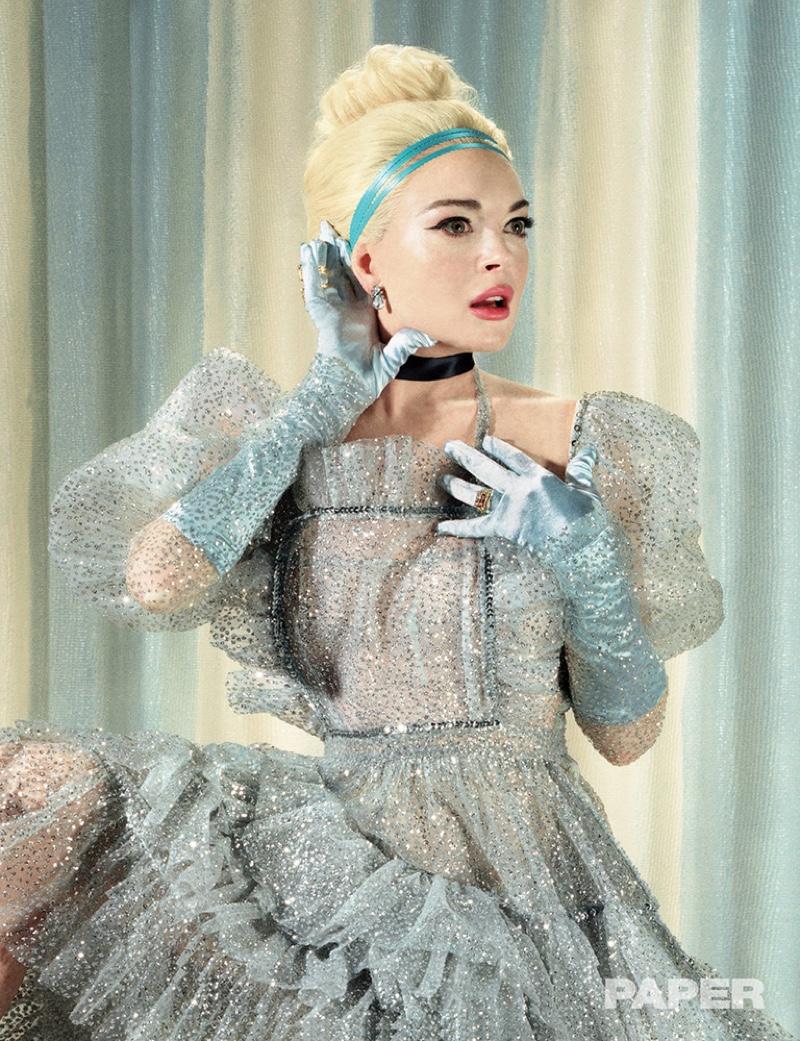 Channeling Cinderella, Lindsay Lohan wears Discount Universe costume