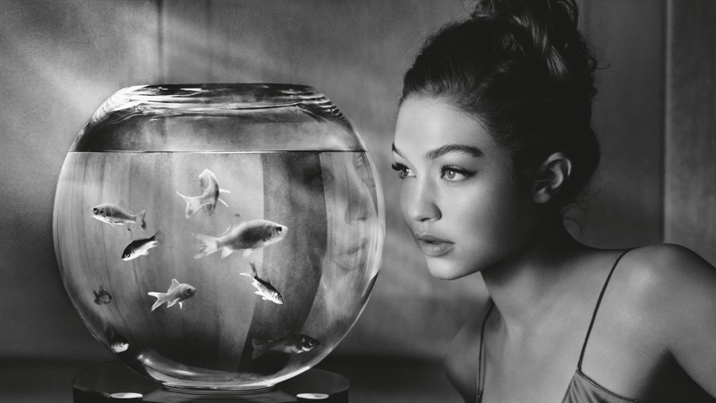 Gigi Hadid stars in Pirelli 2019 Calendar. Photo: Albert Watson