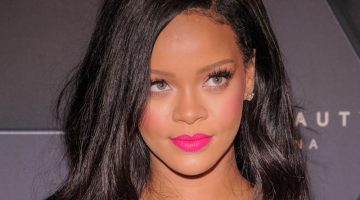 Rihanna Eye Color