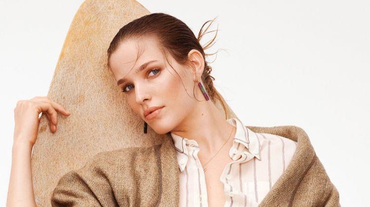 Alisa Ahmann Looks Chic in Fischer's Spring Catalog