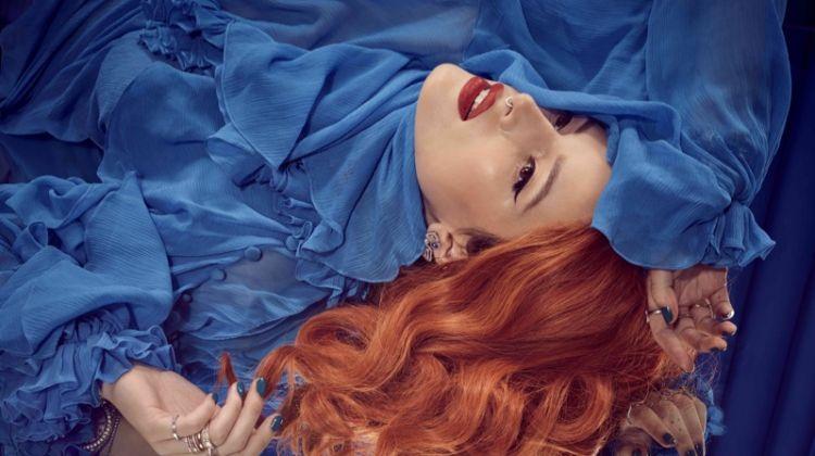 Looking elegant, Bella Thorne wears a blue ensemble