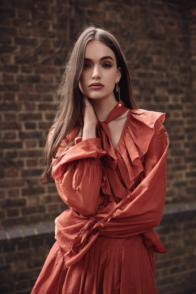 Bella Poses in Elegant Styles for Grazia Pakistan