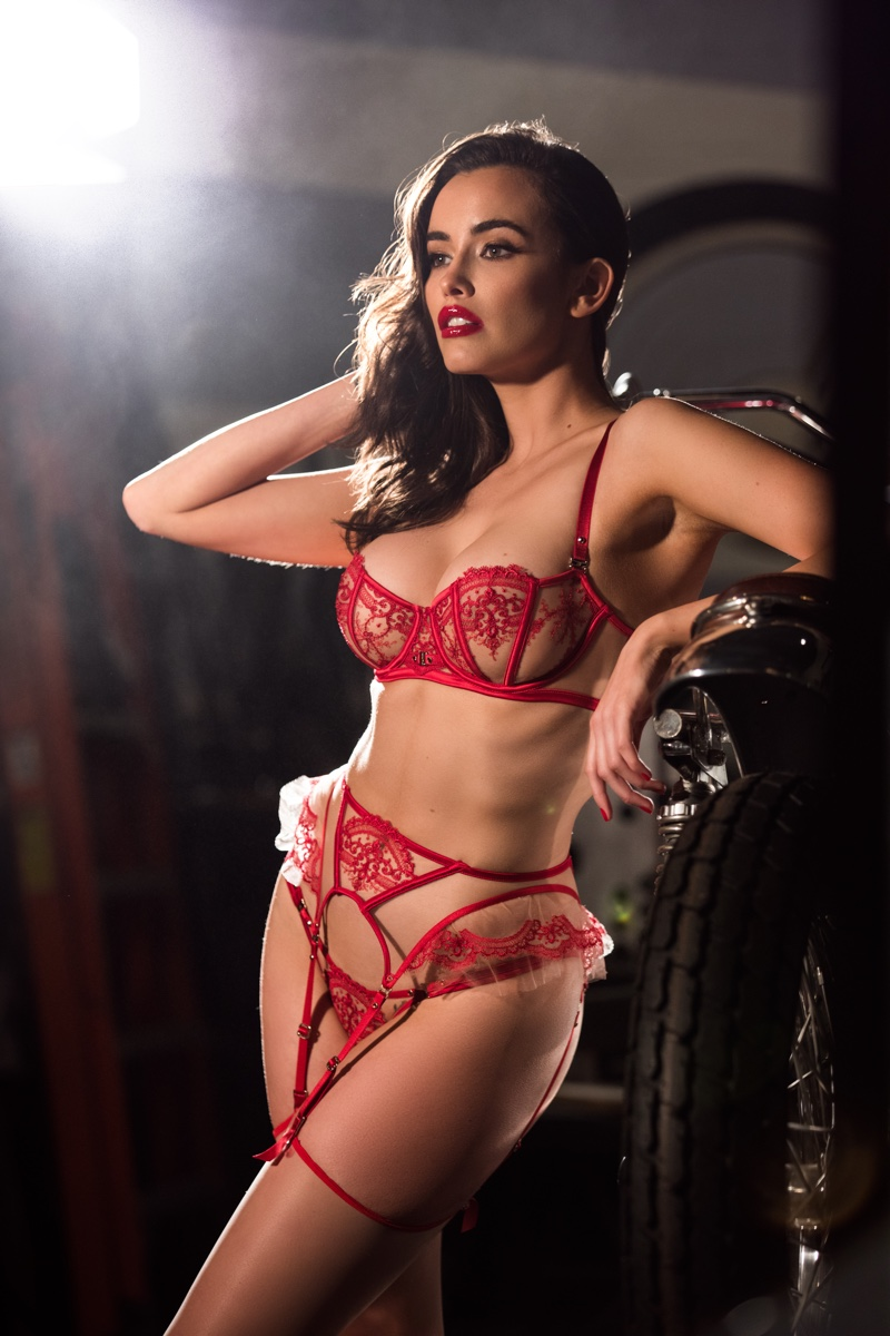 Flaunting her curves, Sarah Stephens fronts Honey Birdette #NotYourValentine campaign