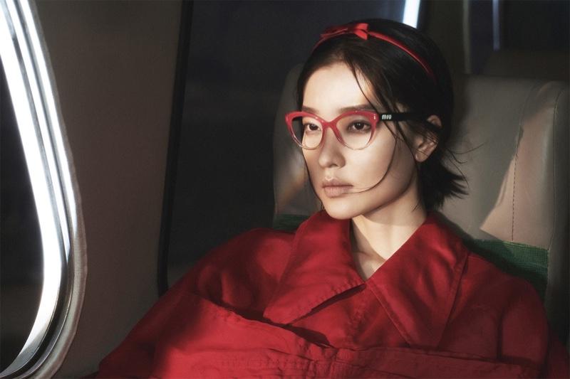 Miu Miu spotlights eyewear for spring 2019 advertising campaign