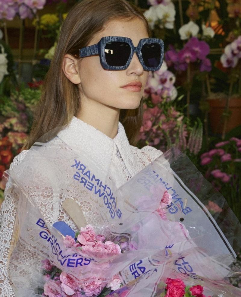 Altyn Simpson wears sunglasses in Carolina Herrera spring-summer 2019 campaign