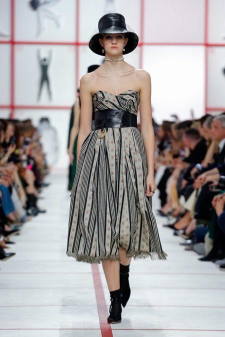 Dior Embraces Plaid for Fall 2019