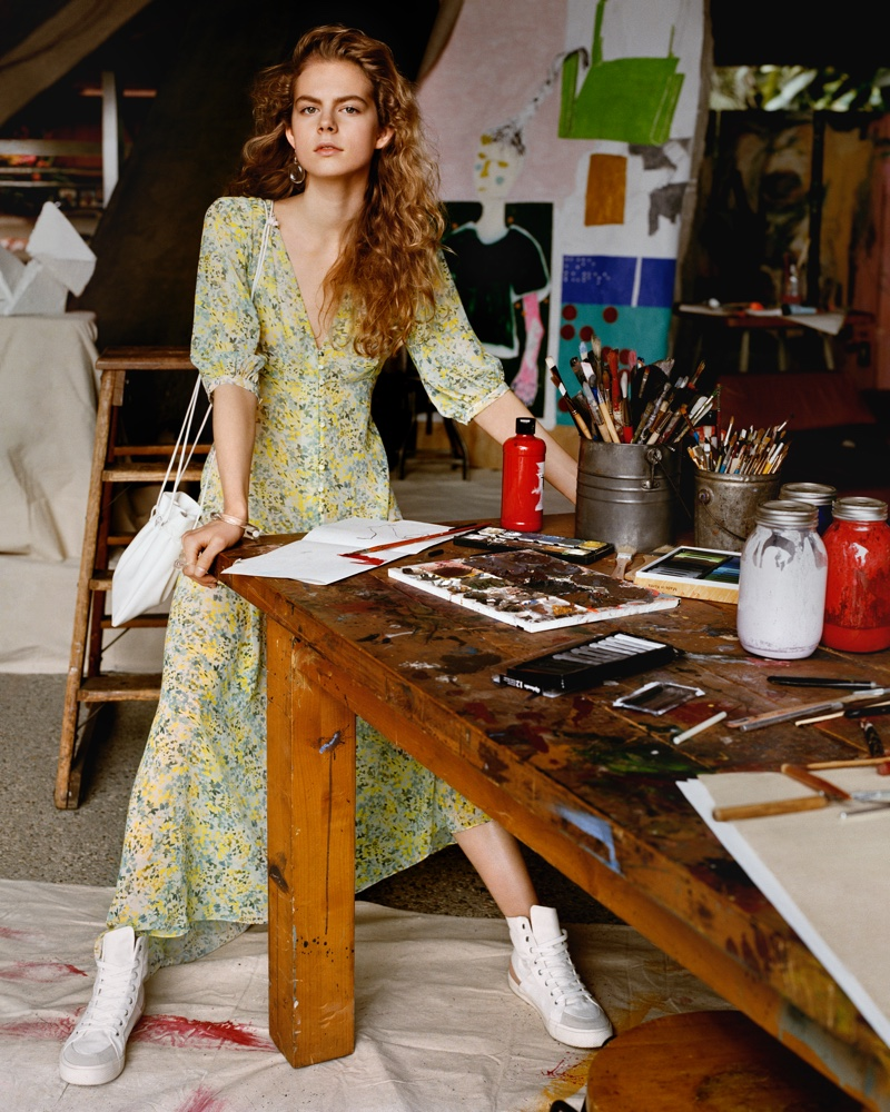 An image from the Mango spring 2019 advertising campaign