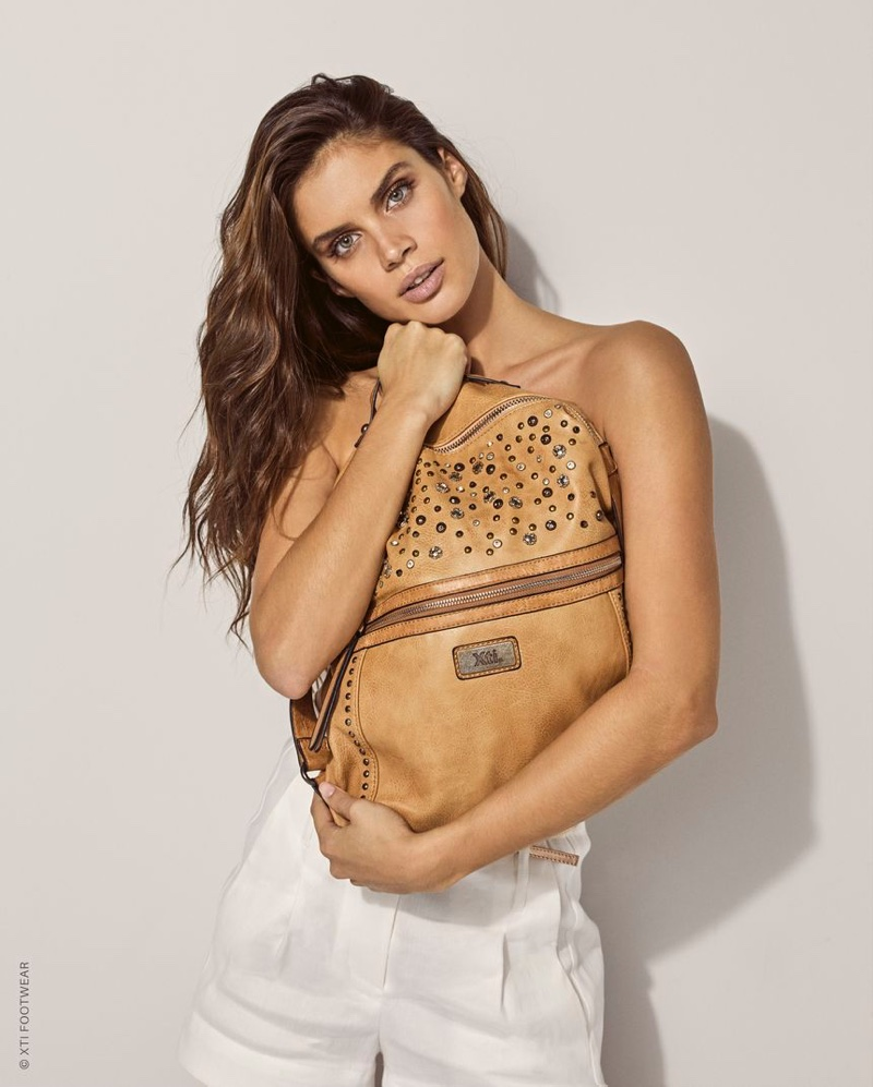 Sara Sampaio poses with a backpack in XTI Shoes spring-summer 2019 campaign