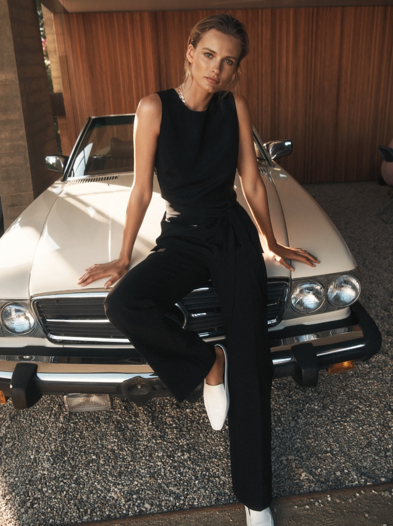 Edita Vilkeviciute models tunic and pants for St. John resort 2019 campaign
