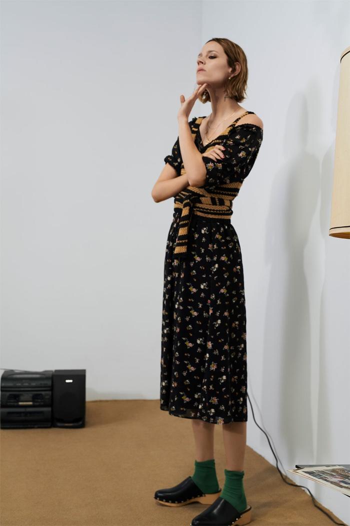 023dc2a0 Zara Long Knit Tunic Freja Beha Erichsen models Zara print midi dress and  striped knit top (around waist)
