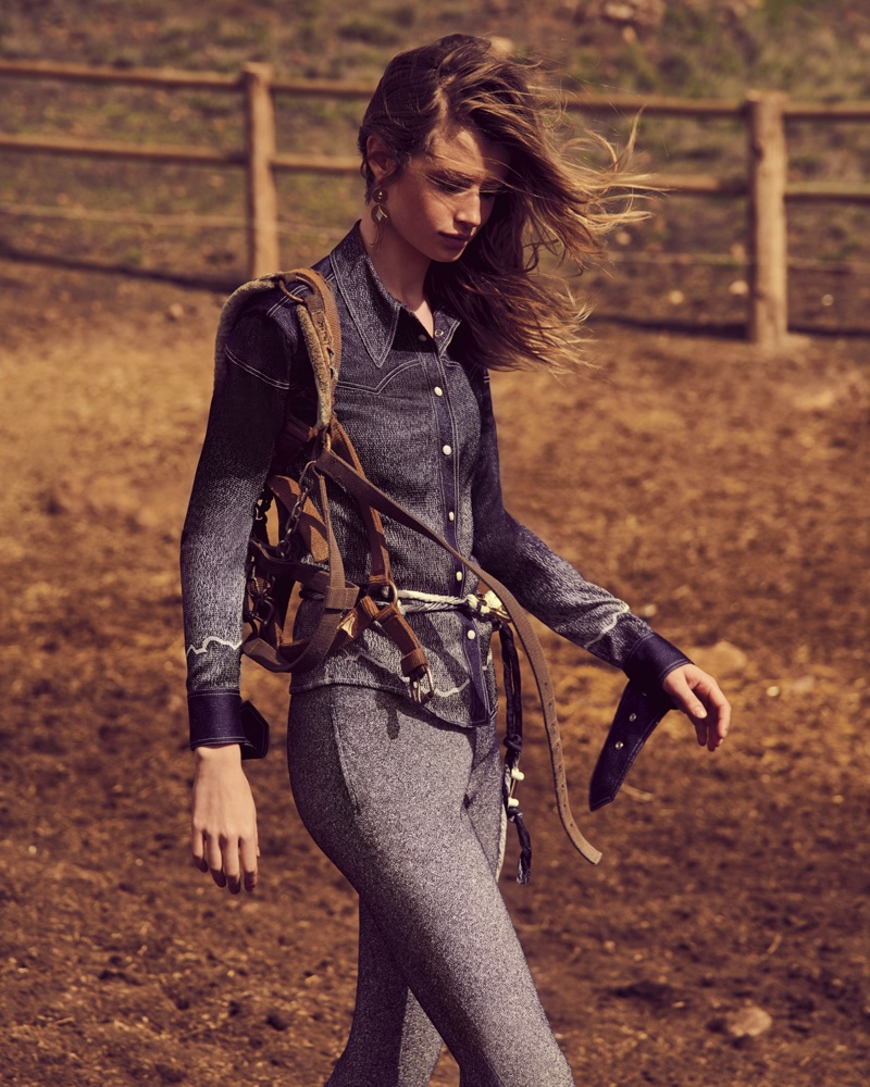 Anna Lund Goes West for In The Mood Magazine