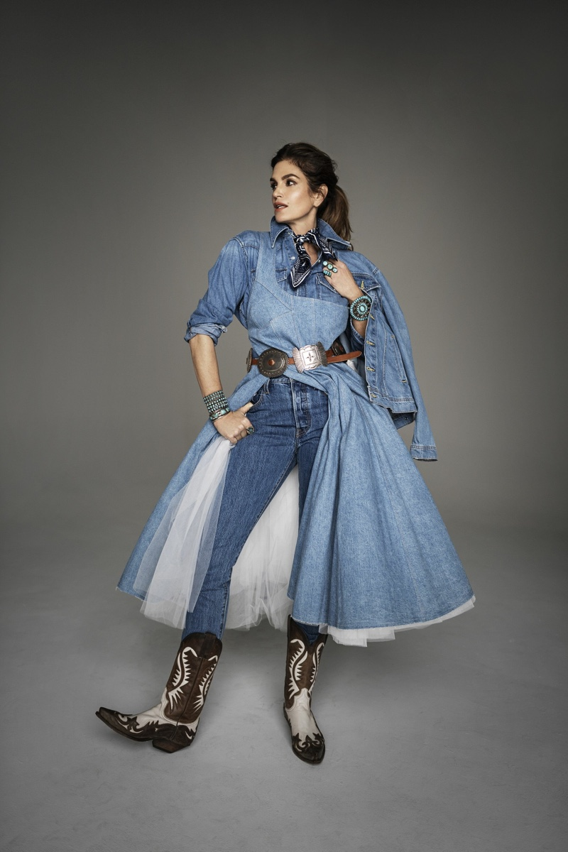 Cindy Crawford Poses in Western Fashion for ELLE Italy