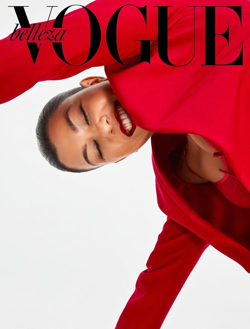 Flashing a smile, Kourtney Kardashian fronts Vogue Mexico Beauty April 2019 cover