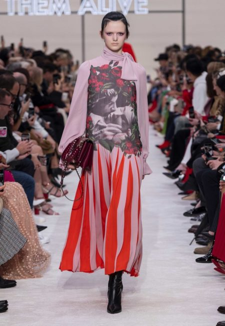 Valentino Delivers Romance for Fall 2019