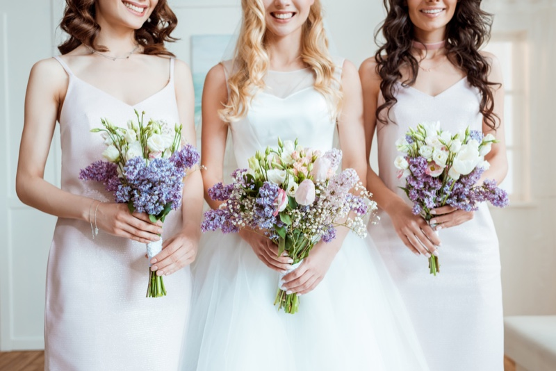 Wedding Party with Bride & Bridesmaids Colorful Bouquets