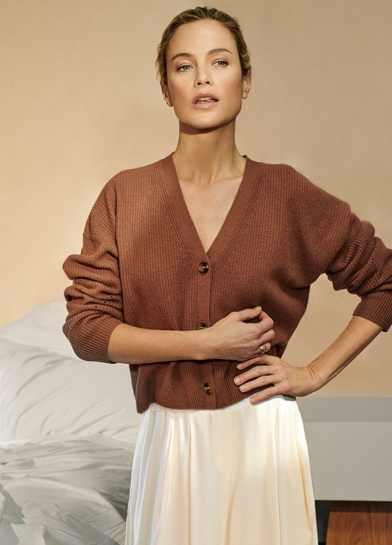 NakedCashmere taps Carolyn Murphy for spring-summer 2019 campaign