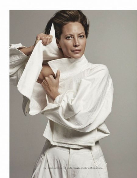 Christy Turlington Charms in Relaxed Looks for Vogue Mexico