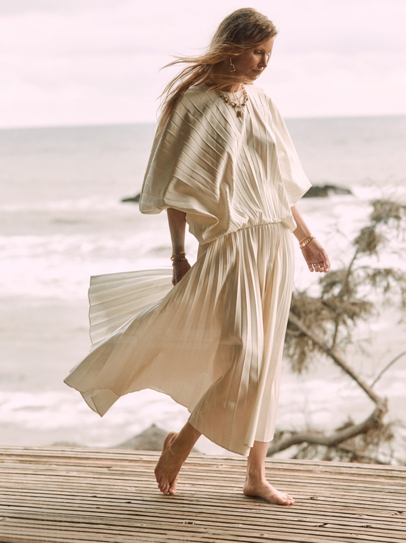 Hartje Andresen Models Chic Neutrals for Robb Report