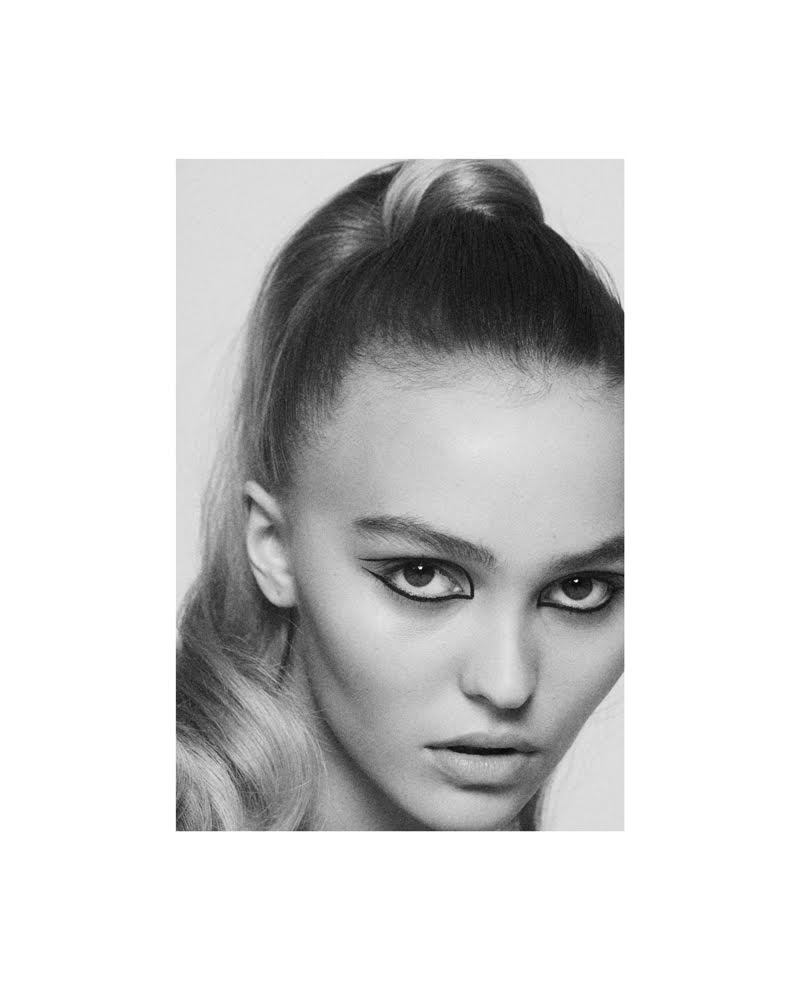 Lily-Rose Depp tries on a high ponytail look